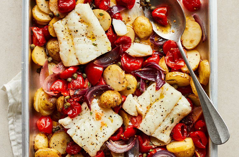 Cod & sweet piquante pepper traybake