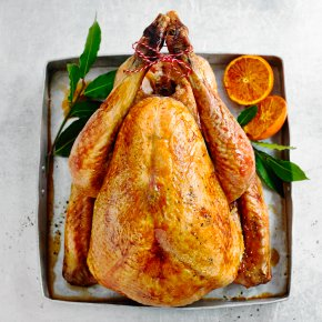 Essential Large Whole Turkey with Giblets