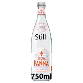 Acqua Panna Toscana mineral water