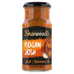 Sharwood's Rogan Josh Curry Sauce