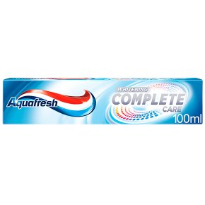 Aquafresh Whitening Complete Care