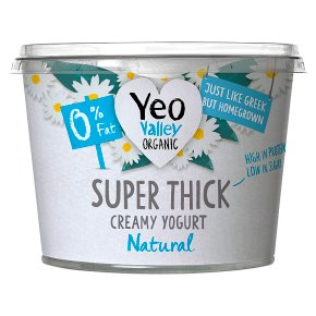 Yeo Valley Super Thick Natural 0% Fat Kerned Yogurt