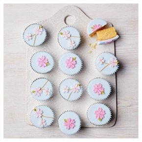 12 Cherry Blossom Cupcakes