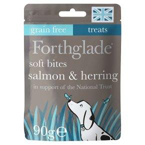 Forthglade Salmon with Herring Bites