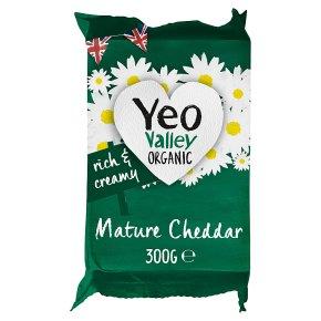 Yeo Valley Organic Mature Cheddar
